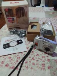 Vendo câmera digital - Kodak EasyShare C182