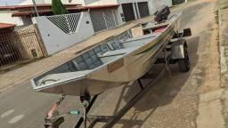 Título do anúncio: Conjunto completo, barco, motor e carretinha