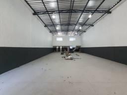 Alugo GALPÃO 300 m²