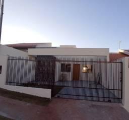 Linda Residência a Venda (Jardim Cerejeiras Umuarama-Pr)