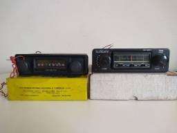 Auto rádio antigo