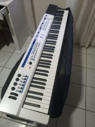 Título do anúncio: Piano Digital Privia Px5s Muito Novo