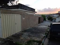 Alugo casa no bairro Caieiras-Vespasiano MG