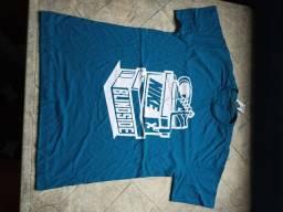Vende-se Camisas tamanho G