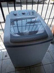 Título do anúncio: Máquina de lavar Electrolux 12kg tamanho família ZAP 988-540-491