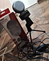 Título do anúncio: Vendo microfone em ótimas condições! Novinho na caixa!!