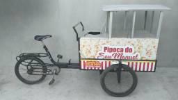 Bicicleta com carrinho de pipoca