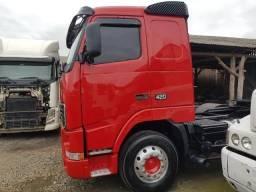 Caminhão volvo fh 420 - traçcado - ano: 2001