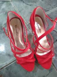Duas sandálias top