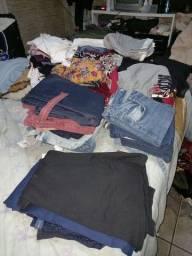 Lote de 98 roupas