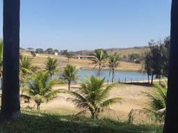 Terreno de 20.000m² Linda Lagoa nos Fundos. Condomínio. 55 mil + Parcelas
