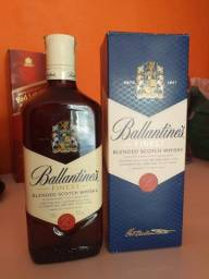 Ballantine's Finest Whisky Escocês - 750ml