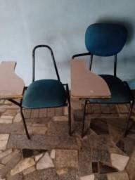 Cadeiras escolares para reformar
