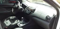 Vende-se Ford Ka 1.5 Sedan - 2015