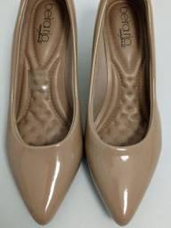 Sapato scarpin feminino nude semi-novo