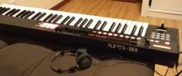 Sintetizador Roland XP 10