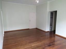 Apartamento à venda no Cosme Velho-RJ