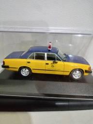 Miniatura Chevrolet Opala.
