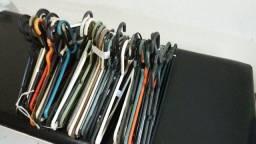 Cabides para roupas. Lotes a partir de R$20,00