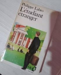 Livro L'étudiant étranger em francês