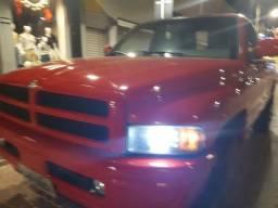 Dodge RAM v8 gasolina