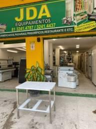 Mesa em inox para cortes- panificação - açougue - supermercado