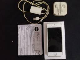 iPhone 5s 32GB c/ fone, cabo e nota fiscal