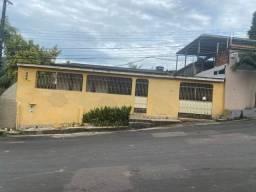 Casa conj Ajuricaba pra venda