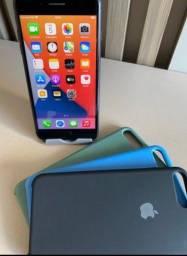 VENDO IPHONE 8PLUS MEMÓRIA 64GB  FUNCIONA PERFEITAMENTE ACEITO PROPOSTA