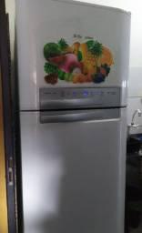 Geladeira Biplex Frost Free Electrolux 440l