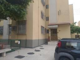 Apartamento em Bonsucesso, condominio tranquilo