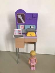 Display da Barbie Escrivaninha
