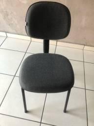 Tenho 9  cadeiras dessa cada 65