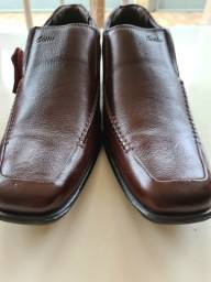 Sapato ortopédico