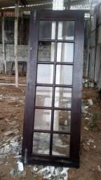 Madeiras portas e janela de demolição