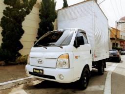 Título do anúncio: Hyundai HR 2.5 Diesel Bau Grande Original Km Estrada Documento Em Dia