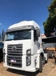 Caminhão 25.390 Constellation 2012