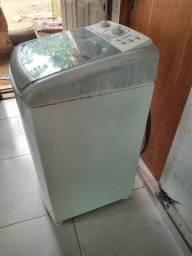 Vende-se máquina Electrolux 8kg