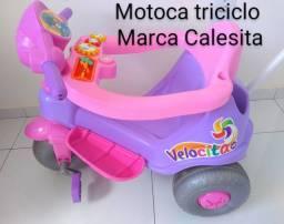 Motoca triciclo Marca Calesita