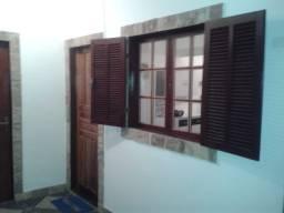 Vende-se Casa De 2 Quartos A 5 Min Da Praia - Búzios