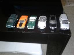 Carrinhos para coleção
