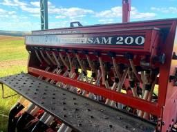 Plantadeira Sam 200, marca Semeato