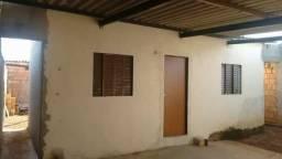 Vendo Casa Quitada em Cidade Ocidental. Contato -> 99350-3331