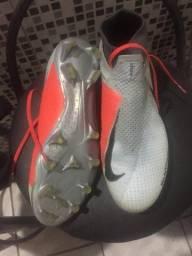 Chuteira Nike original número 39 04b86c9b7b4a9