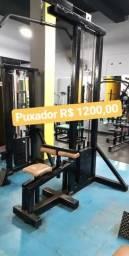 Aparelhos e equipamentos usados para academia musculação