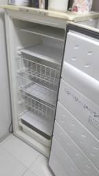 Freezer 240 litros consul