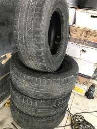 04 Pneus caminhonete 265/70/16 meia vida pirelli scorpion $600,00