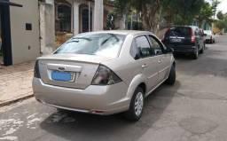 Fiesta Sedan 1.6 Zetec 8V - 2011/2012 - Completo - Com GNV 5a. Geração - 2012