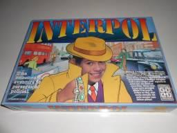 Jogo de Tabuleiro Interpol - Grow
