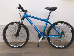Bicicleta MTB GTA M7